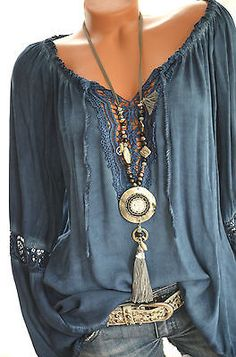 ITALY Häkel Tunika CARMEN Häkelspitze HIPPIE BOHO Bluse 36 38 40 42 BLAU Neu ABSOLUTELY LOVE THIS GORGEOUS BLOUSE!! - LOOKS INCREDIBLE AS DOES HER GLORIOUS BLING!!