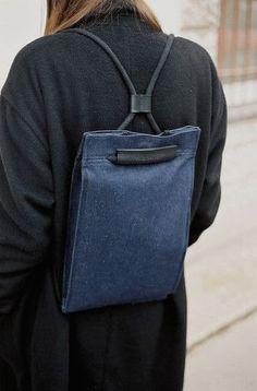 Trendy Handbags and Purses : Picture Description Pocket Bag Medium Denim Backpack Bags, Leather Backpack, Leather Bag, Small Backpack, Denim Backpack, Denim Tote Bags, Clutch Bags, Denim Crafts, Fabric Bags