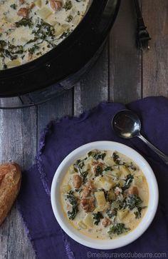 Chair de saucisses, pommes de terre, kale, et crème : peut-on vraiment avoir une combinaison pour une soupe-repas préparée à la mijoteuse?
