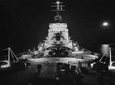 The last battleship to be launched in the world, HMS Vanguard at night Hms Vanguard, Last Battle, Merchant Marine, Submarines, Sea World, Tall Ships, Aircraft Carrier, Royal Navy, Battleship