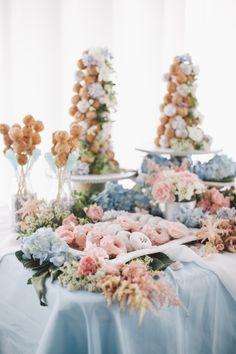 Wedding reception centerpiece idea; Featured Photographer: OLLI STUDIO