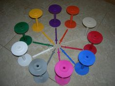 Bobbins-Up. Storage & Plying bobbins that fit on a drill! Spring Shower, Spinning Yarn, Fibres, Pattern Art, Fiber Art, Confetti, Create Yourself, Triangle