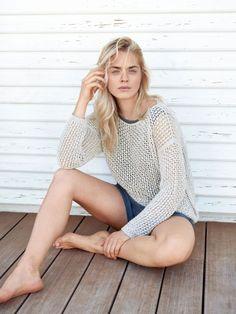 Auf diesen luftigen Pullover können wir im Sommer nicht verzichten.