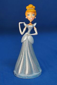 "Cinderella Bobble-head 6.5"" Resin Figurine Disney Parks Bratz #DisneyParksExclusive"