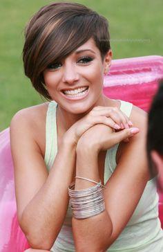 Celebrity Hairstyles: Frankie Sandford