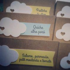 Saindo plaquinhas Nuvem de Amor :) #plaquinhaspersonalizadas #plaquinha #nuvem #nuvemdeamor #g #pin