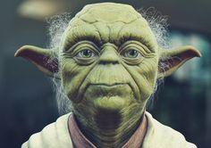 O que as ideias do Mestre Yoda têm a nos ensinar? Muito, diriam os filósofos. É partindo dessa premissa que o artigo destaca 8 frases ditas por um dos personagens mais queridos do universo Star Wars e as analisa sob uma visão filosófica, comparando-as com os pensamentos de grandes filósofos, como Séneca, Sun Tzu, Platão e Nietzsche.