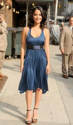 raw-edge hem dress worn by Olivia Munn Olivia Munn, Celebrity Look, Celebrity Photos, Beautiful Celebrities, Gorgeous Women, Non Blondes, Up Girl, Woman Crush, Mannequin