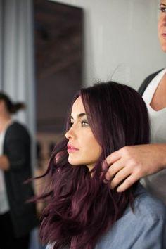2017 saç modelleri patlıcan moru rengi saç yapımı