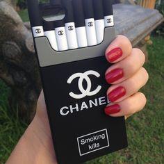Veja nosso novo produto CASE DE SILICONE CHANEL SMOKING PARA IPHONE 4S/5S! Se gostar, pode nos ajudar pinando-o em algum de seus painéis :)