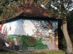 Interesting mural seen on an electrical substation of the TWN in Naumburg (Saale). It shows among others a large substation, some vineyards and the famous cathedral of Naumburg. Compilation of electrical substations (Website) Electrical Substation, Saxony Anhalt, Murals, Cathedral, Street Art, Germany, Wall Murals, Cathedrals, Deutsch