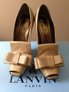 NIB $1195 LANVIN Tejus-stamped Calfskin Beige Peep Toe Bow Loafer Pump Shoes 37 #Lanvin #OpenToePumps