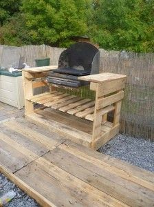 A barbecue with pallets 1