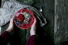 berry bowl breakfast