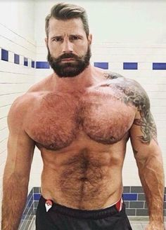 Beefy, masculine, hairy, sexy men and whatever else I think is hot. Hairy Hunks, Hairy Men, Muscle Hunks, Muscle Men, Scruffy Men, Handsome Man, Z Cam, Hommes Sexy, Bear Men