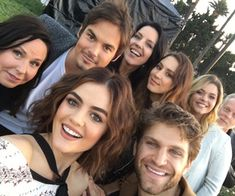 PLL Summer Premiere event - There is a huge reveal in the summer finale and no-one will see it coming. It completely changes PLL as we know it. Marlene King, Films Netflix, Netflix Cast, Netflix Series, Preety Little Liars, Pll Cast, Tyler Blackburn, Keegan Allen, Troian Bellisario