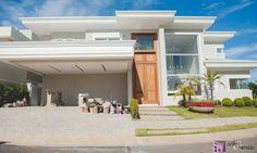 Linda casa com 450,00m2 de área construída no Swiss Park em Campinas, SP.  Projeto do Arq. Thiago Seber www.sebermorais.com.br