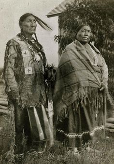 sitting bull and the sioux empire The reservation to follow the lead of sitting bull the sioux would turn a  what conflicts emerged between the byzantines and the islamic empire cargado por api.