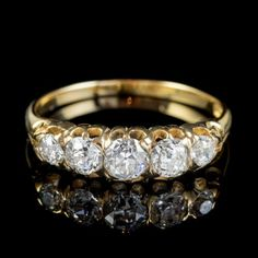 ANTIQUE VICTORIAN DIAMOND FIVE STONE RING 1CT OLD CUT DIAMONDS 15CT GOLD CIRCA 1900 FRONT Perfect Engagement Ring, Beautiful Engagement Rings, Antique Engagement Rings, Antique Diamond Rings, Swarovski Jewelry, Stone Rings, Diamond Cuts, Antique Jewelry, Wedding Rings