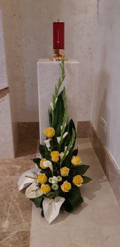 Easter Flower Arrangements, Tropical Floral Arrangements, Funeral Flower Arrangements, Beautiful Flower Arrangements, Funeral Flowers, Flower Centerpieces, Flower Decorations, Beautiful Flowers, Exotic Flowers