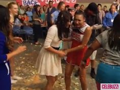 Glee Behind the Scenes | Behind-the-Scenes of the Food Fight on 'Glee' (VIDEO)