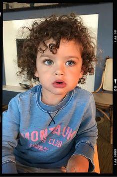 Noan Luna Resende está chegando ❤ Cute Baby Boy, Cute Little Baby, Pretty Baby, Little Babies, Baby Kids, Cute Mixed Babies, Cute Babies, Mixed Baby Boy, Cute Baby Pictures