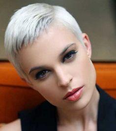 Vetements Pixie Kısa Saç Modeli