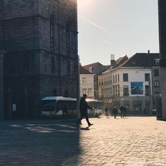 Let there be #light #shadows #vs the #citylife #streetphotography #gent #ghent #visitgent #shotoniphone7plus #vsco #vscocam #wanderlust #travel #travelgram #igbelgium #guardiancities #guardiantravelsnaps #blue #winter #sky
