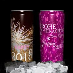 Weihnachts-Neujahrs Dosen mit deinem Wunschdesign. Muster und Infos unter: www.akhofprint.ch #weihnachten #weihnachten2017 #onlineshop #neujahrswünsche #newjear #2018 #getränkedose #dosendruck #dosen #giveaway #privatlabel #drinks #seccobianco #bier #hugo #energydrink #rotwein #prosecco #geschenk #geschenkideen #design #kundengeschenk #kundenglücklichmachen #orginell #malwasanderes #swissmade #zurichmade #zurich #swissproduct #schweiz Beverages, Drinks, Dose, Prosecco, Coca Cola, Hugo, Canning, Php, Giveaway
