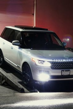 My ultimate dream car: The almighty RANGE ROVER!