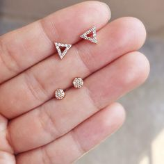 Have a soft spot for minimalist studs? Shop our tiny geometric triangle & circle studs - they're simple and adorable in rose gold! Jewelry Design Earrings, Gold Earrings Designs, Gold Jewellery Design, Ear Jewelry, Small Earrings, Cute Stud Earrings, Vintage Jewellery, Ring Designs, Antique Jewelry