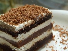 Domáci mliečny rez - To je nápad! Czech Recipes, Ethnic Recipes, Dessert Bars, Dessert Recipes, German Desserts, Oreo Cupcakes, Romanian Food, Sweet Recipes, Toblerone