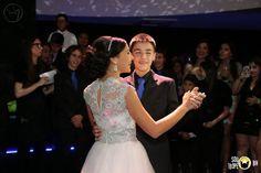 Vestido de debutante em renda rebordada e tule. Veja mais modelos acessando o blog: http://paulabypaula.blogspot.com.br/