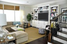 The layout of this living space is perfect for a big family!