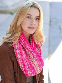 Shaker Rib Cowl | Yarn | Free Knitting Patterns | Crochet Patterns | Yarnspirations