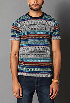 I hate tribal and I'm getting tired of seeing  it everywhere and on everything but this shirt is the exception.