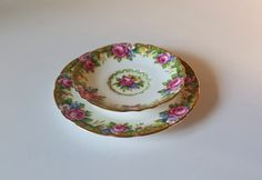 Vintage Paragon Double Warrant TAPESTRY ROSE Plate by RetroEnvy21 Retro Vintage, Vintage Items, The Lovely Bones, Her Majesty The Queen, Watercolor Rose, Cup And Saucer Set, Bone China, Tea Cups, Tapestry