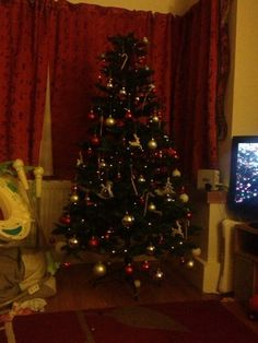 Lovely #ClaphamTree entry from @xxxSammiexxxx on Twitter for our Christmas Tree Competition!