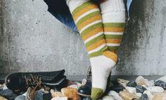 Kosestrikk i Påsken er nødvendig! Baby Knitting Patterns, Free Knitting, Luxury Socks, Baby Barn, Norwegian Food, Big Knits, Retro Baby, Drops Design, Baby Booties