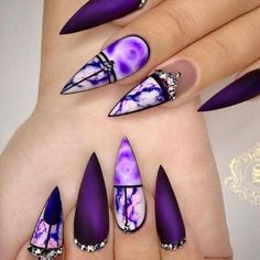 Nail art Christmas - the festive spirit on the nails. Over 70 creative ideas and tutorials - My Nails Classy Nails, Fancy Nails, Stylish Nails, Cute Nails, Classy Nail Designs, Nail Art Designs, Winter Nails, Summer Nails, Spring Nails