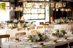 Mediterraner Blumenschmuck für Hochzeiten