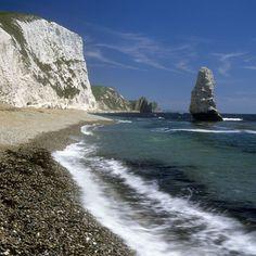 Durdle Door - #Dorset UK Dorset Coast, Somerset, Fishing Boats, Cornwall, Beautiful Places, Water, Outdoor, Gripe Water, Outdoors