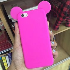 7 Plus Mickey/ Minnie Mouse Pink Silicone Case