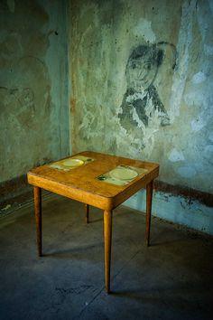 Carlo Trucchi. The best. KAGADATO selection. ************************************** Apparecchiato per due, 2013, Italy.  #erastudioapartmentgallery #erastudio #designgallery #collectibledesign #design #gallery #milan #italy #igersmilano #carlotrucchi #table #resin #wood #glass #uniquepiece #ceramic #apartmentgallery #apartment #ambience #places #placetobe #apparecchiatoperdue #details #artwork #handmade #contemporary #interior #italiandesign #craftmanship