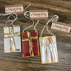 Hand painted ornaments by Ginger Leigh Designs are guaranteed to be a hit this holiday! Painted Christmas Ornaments, Christmas Canvas, Wooden Ornaments, Hand Painted Ornaments, Christmas Paintings, Christmas Wood, Christmas Angels, Christmas Projects, Handmade Christmas