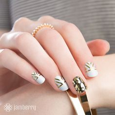 Sweet Autumn nail art that is super easy to do on your own at home. Non toxic, vegan and gluten free and it costs a fraction of the cost of a salon manicure but looks just as good! (Giza and Fancy Feline featuring here) Click the picture to shop.