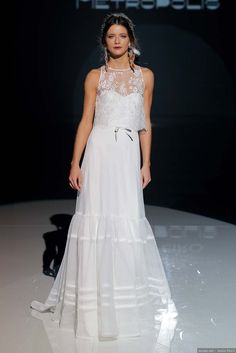 Vestidos de novia Jesús Peiró 2018: la elegancia de lo simple