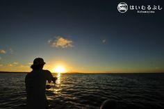 八重山の美しい夕景を眺めながら、ルアーフィッシングがシロダイやハタなどを釣ることができるサンセットルアー。  釣り好きな方にお勧めのコースです。