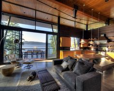 Coeur D'Alene Residence on Lake Coeur D'Alene more photos: http://foter.com/living-room-furniture/
