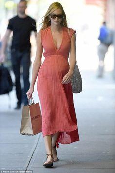 Candice Swanepoel wearing Jen's Pirate Booty Paloma Dress and Ray-Ban Folding Wayfarer Sunglasses